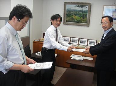 2010720-3.jpg
